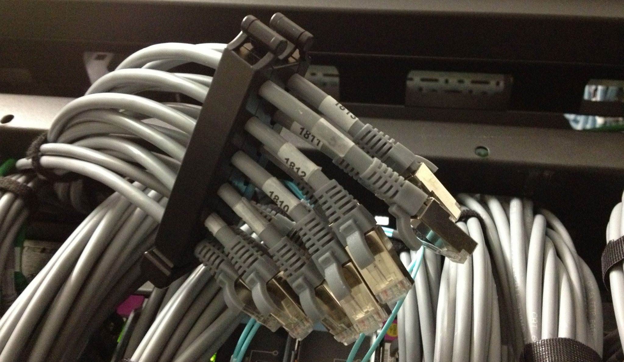 cable_management-12-port
